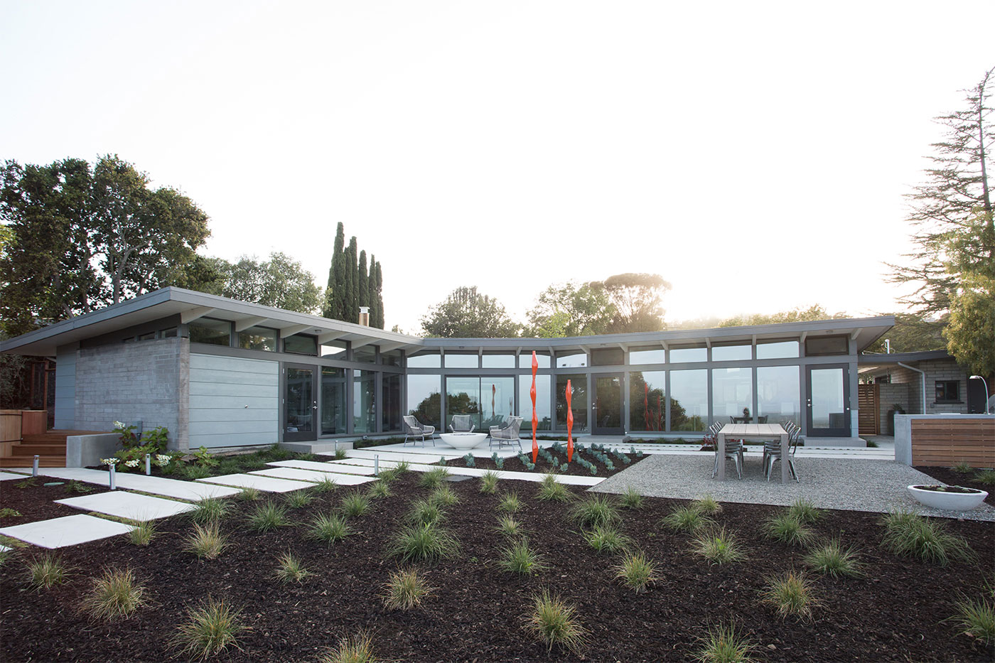 Mid-Century Modern View House Remodel by Klopf Arch (5)