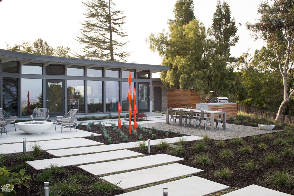 Mid-Century Modern View House Remodel by Klopf Arch (7)