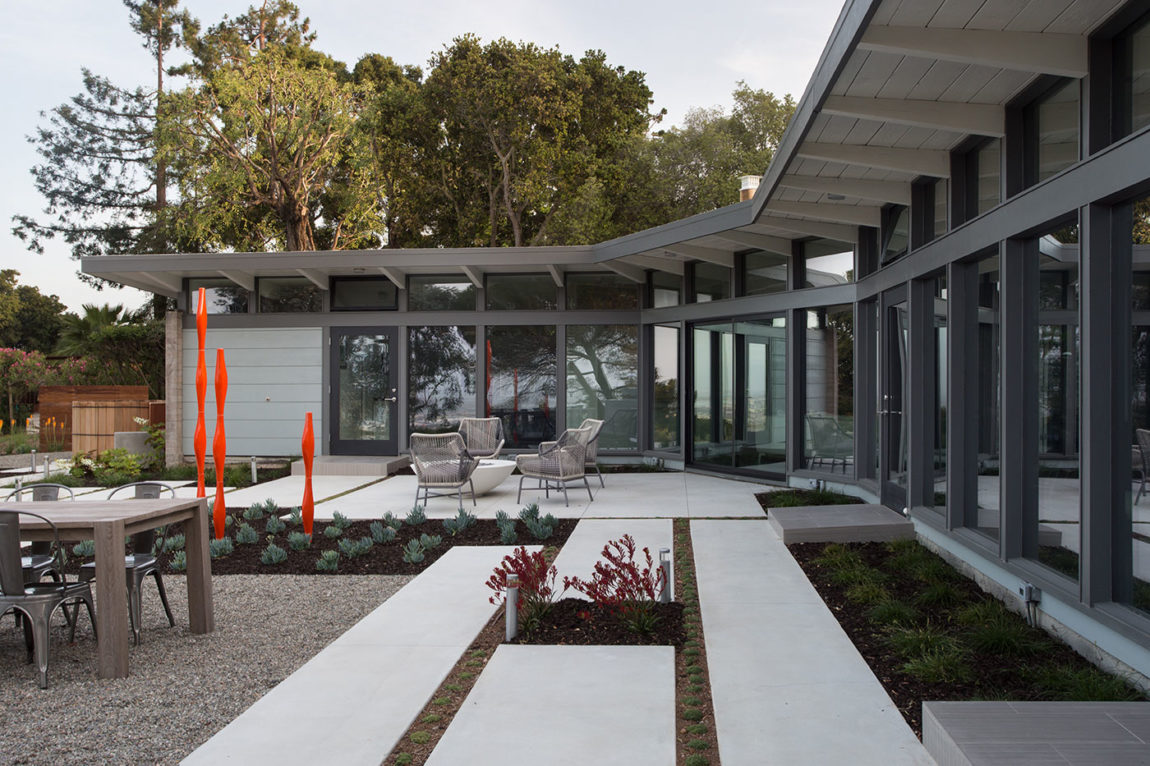 Mid-Century Modern View House Remodel by Klopf Arch (9)