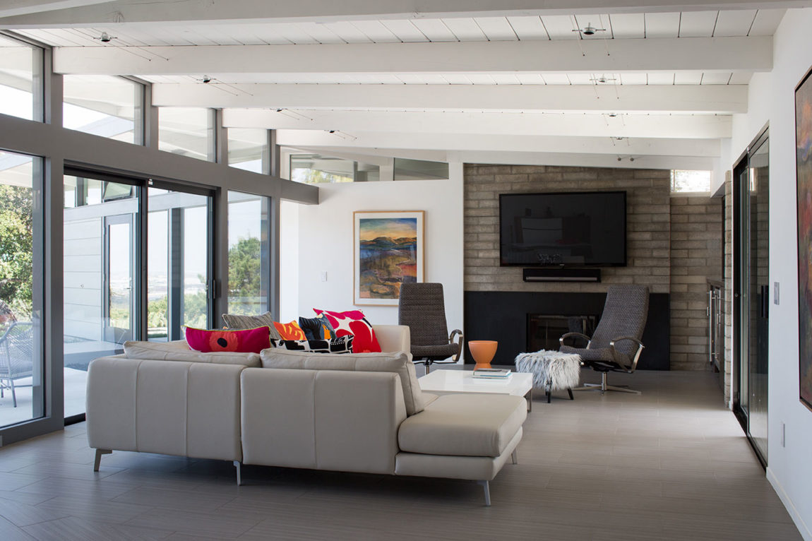 Mid-Century Modern View House Remodel by Klopf Arch (10)