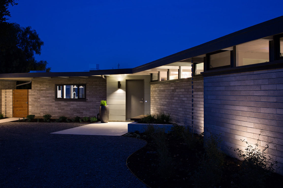 Mid-Century Modern View House Remodel by Klopf Arch (21)
