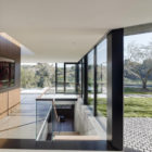 Oak Pass House by Walker Workshop (21)