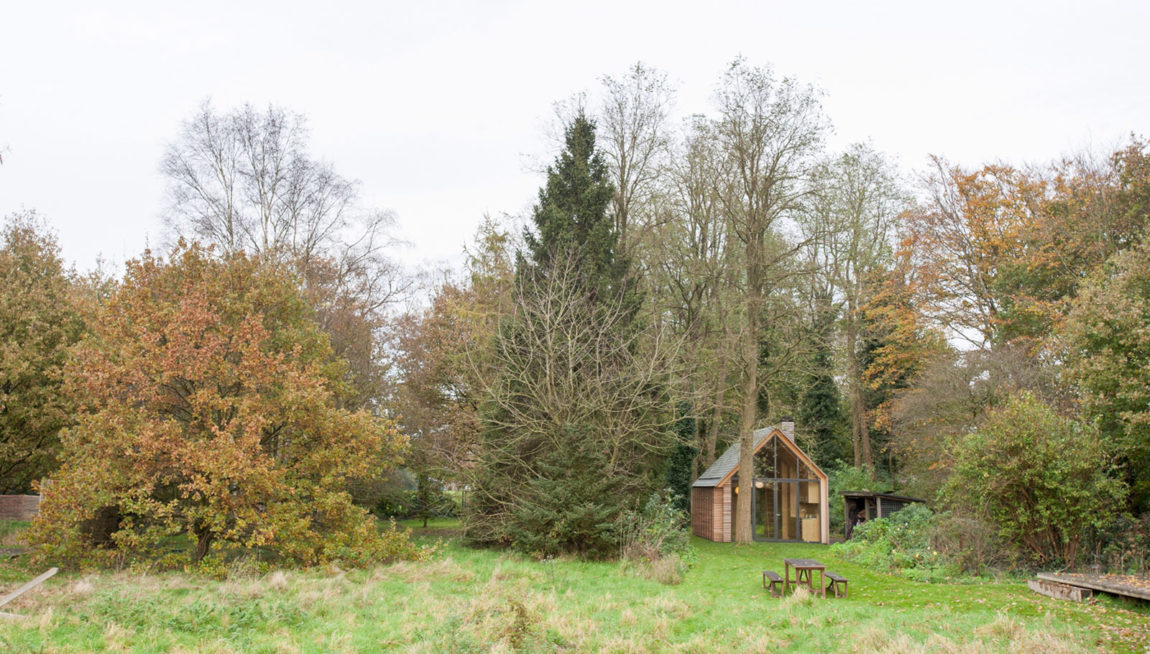 Recreation House by Zecc Architecten (1)