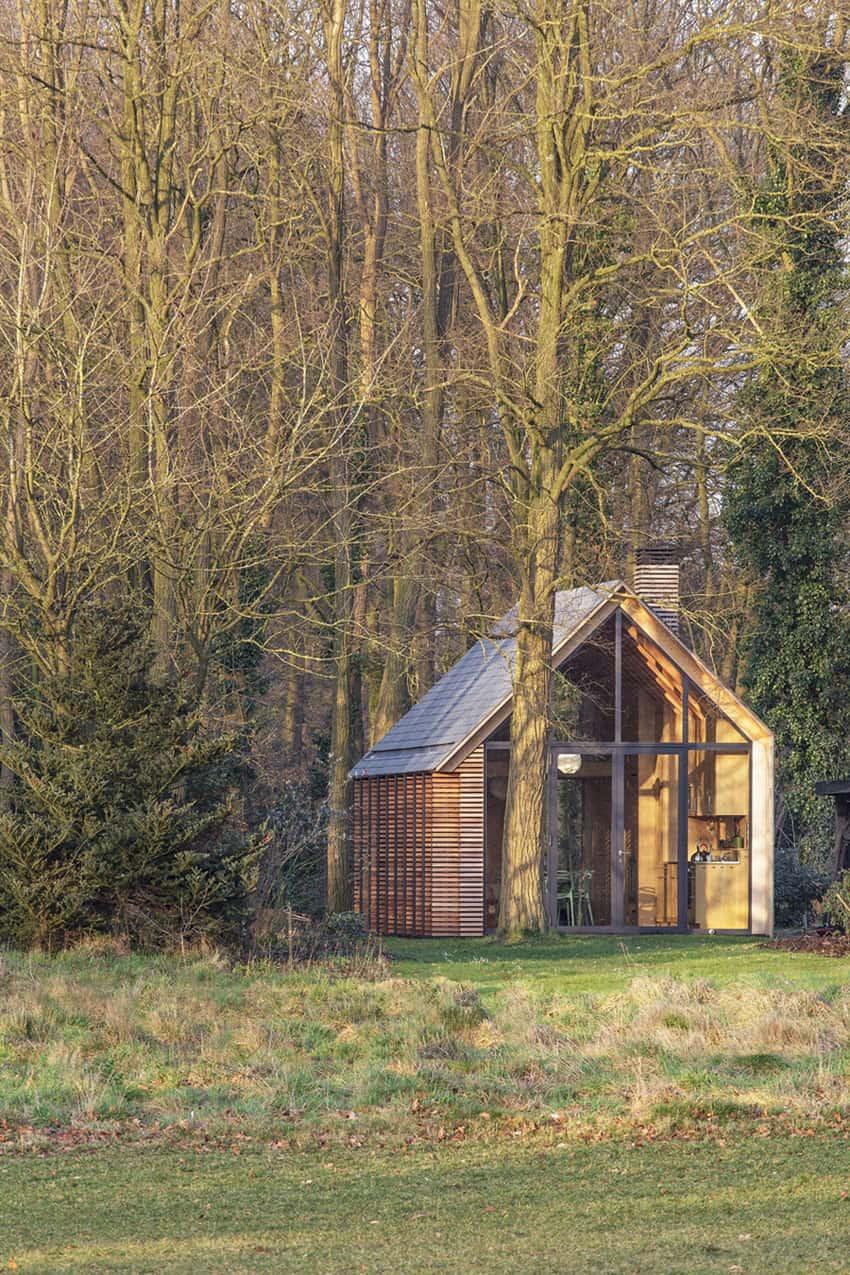 Recreation House by Zecc Architecten (2)