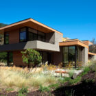 Sinbad Creek Residence by Swatt Miers Architects (1)