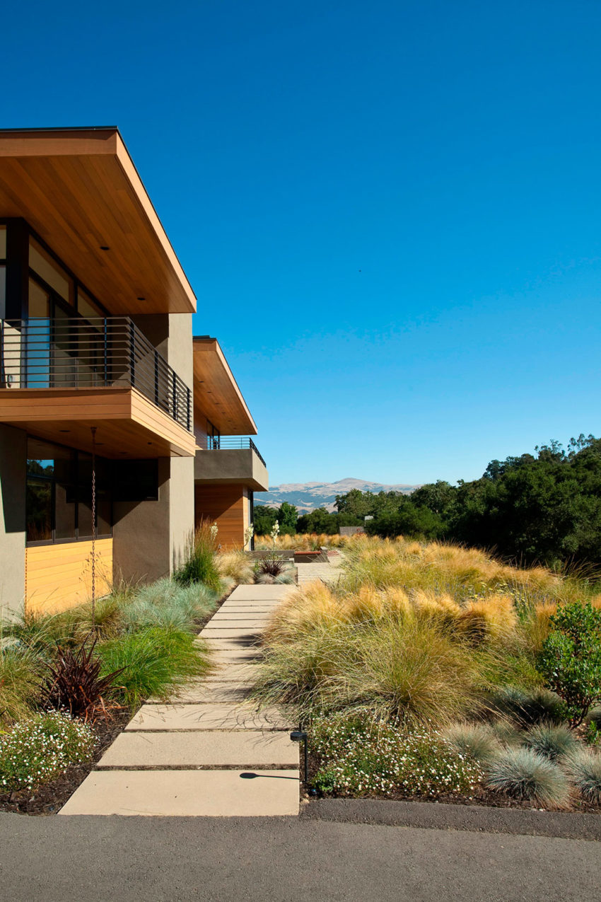 Sinbad Creek Residence by Swatt Miers Architects (3)