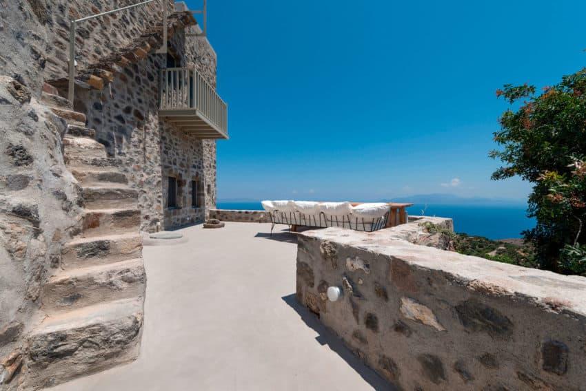 Sterna Nisyros Residence by i.landarchitects (7)