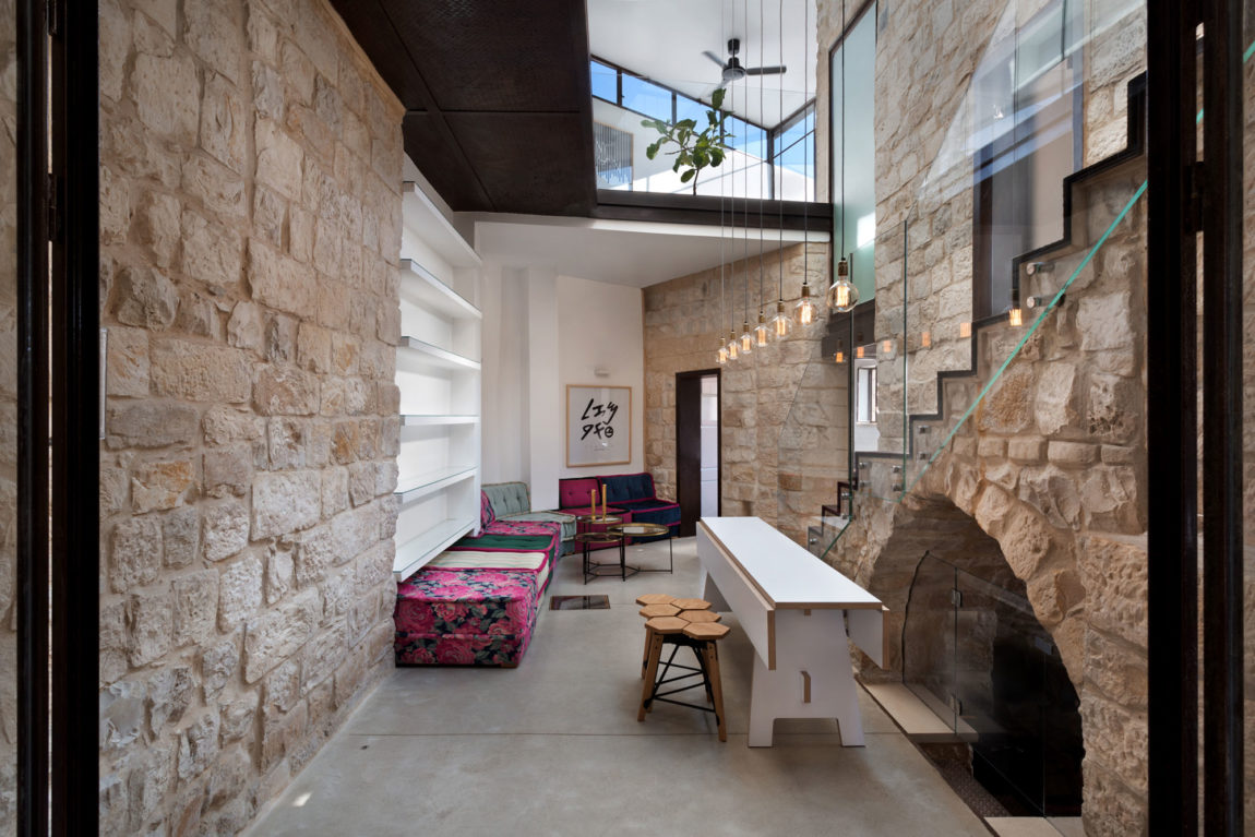 Stone House Conversion by Henkin Shavit Architecture (2)