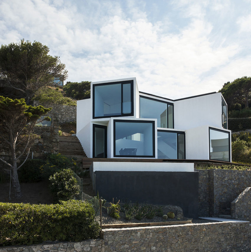 Sunflower House by Cadaval & Solà-Morales (3)