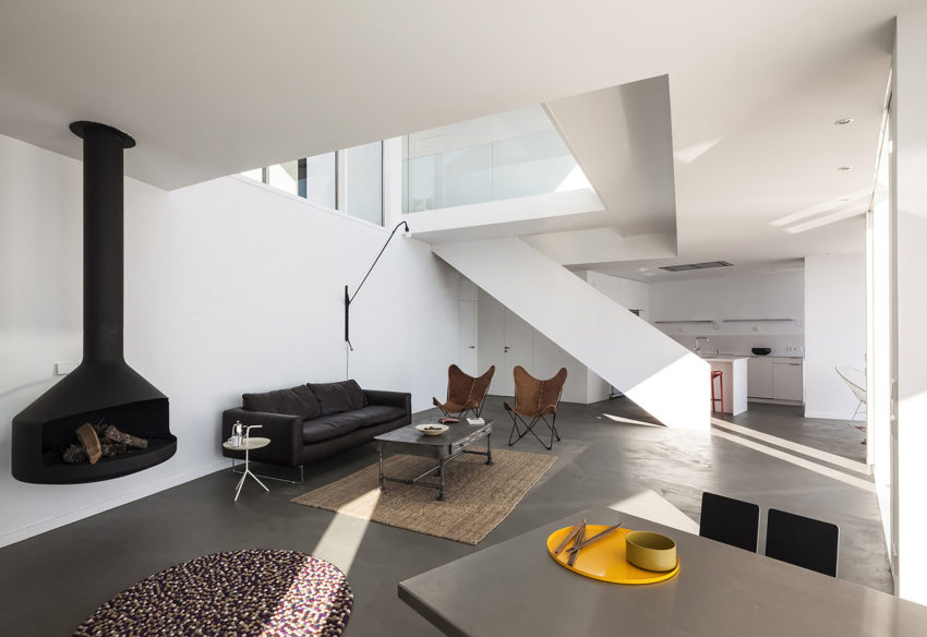 Sunflower House by Cadaval & Solà-Morales (6)