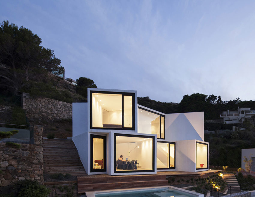 Sunflower House by Cadaval & Solà-Morales (17)