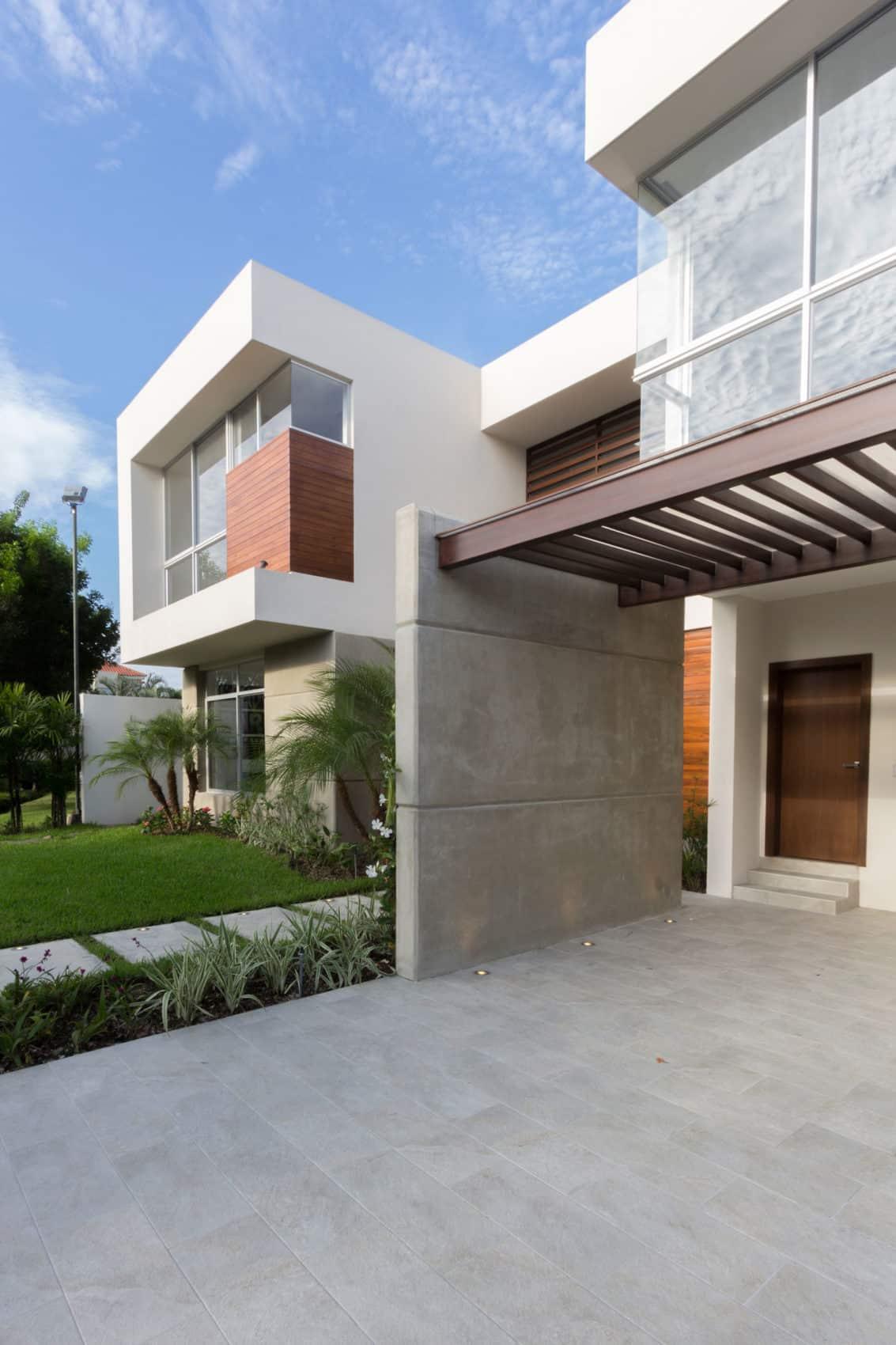 SUVI House by Maria Lorena Apolo & Architects (1)
