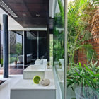 Three Trees House by DADA & Partners (19)
