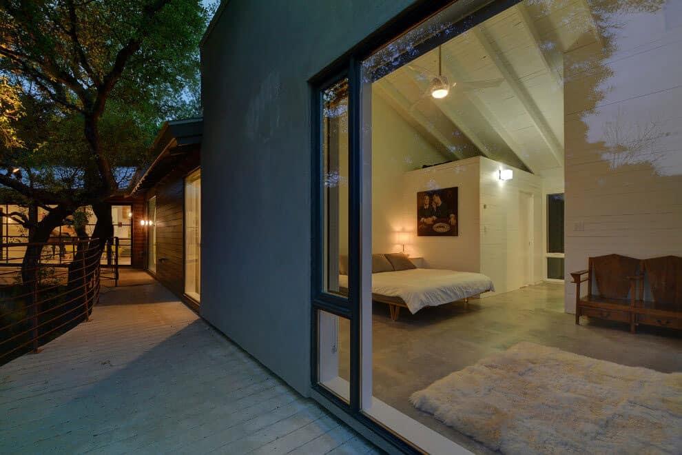 Westlake Rustic Contemporary by Capstone Custom Homes (44)