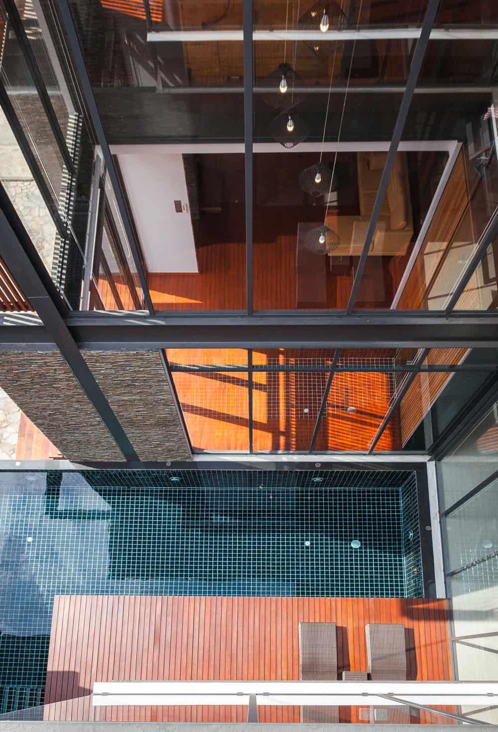 Bridge House by Junsekino Architect And Design (2)
