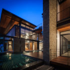 Bridge House by Junsekino Architect And Design (15)