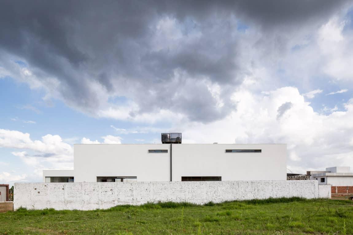 Casa MCO by Esquadra|Yi (1)