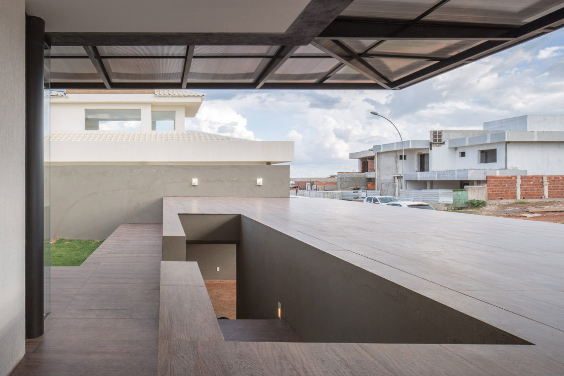 Casa MCO by Esquadra Yi (8)
