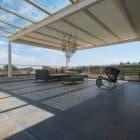 Clover Villa by Mistry Architects (8)