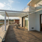 Clover Villa by Mistry Architects (10)