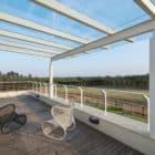 Clover Villa by Mistry Architects (11)
