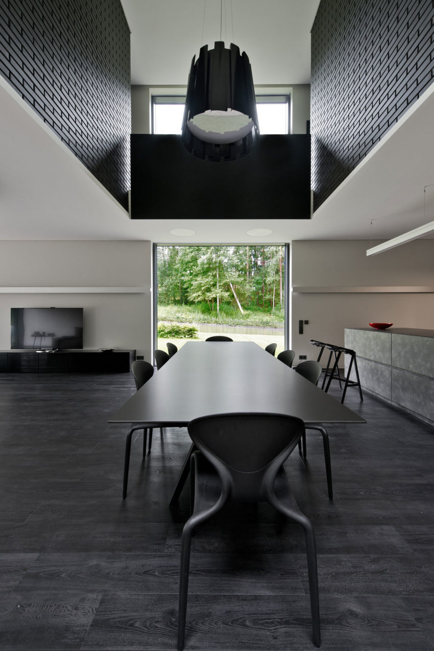 Family House in Minsk by G. Natkevicius & Partners (3)