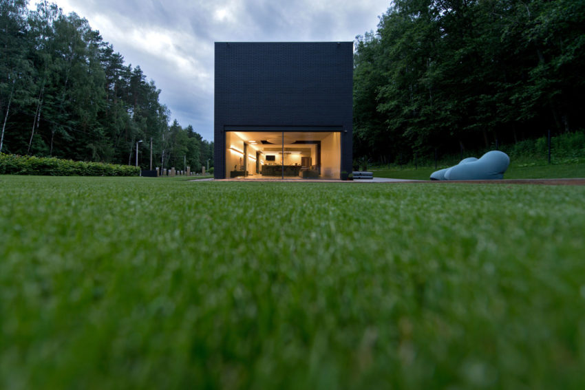Family House in Minsk by G. Natkevicius & Partners (8)