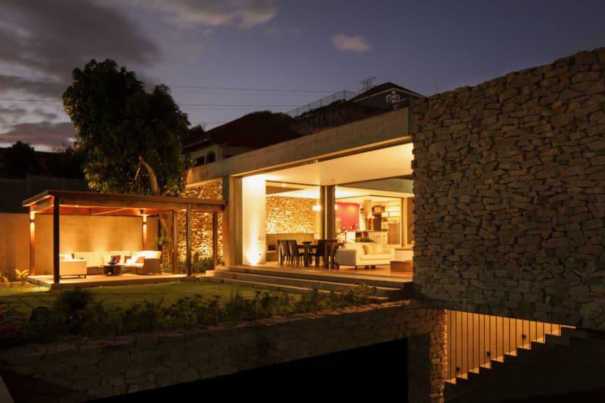 Garden House by Cincopatasalgato (18)