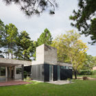 House in El Pinar by Nicolas Bechis (1)