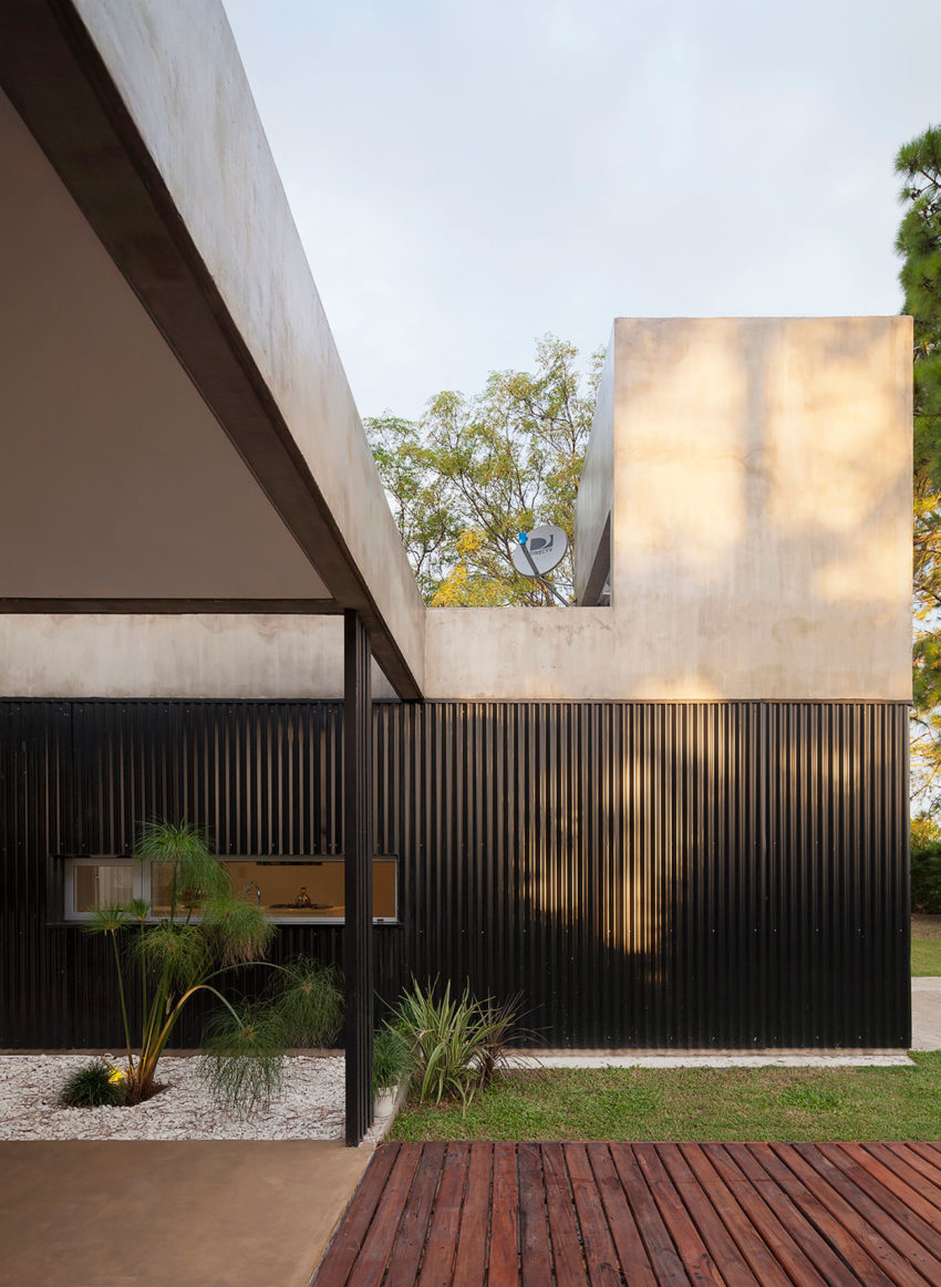 House in El Pinar by Nicolas Bechis (3)
