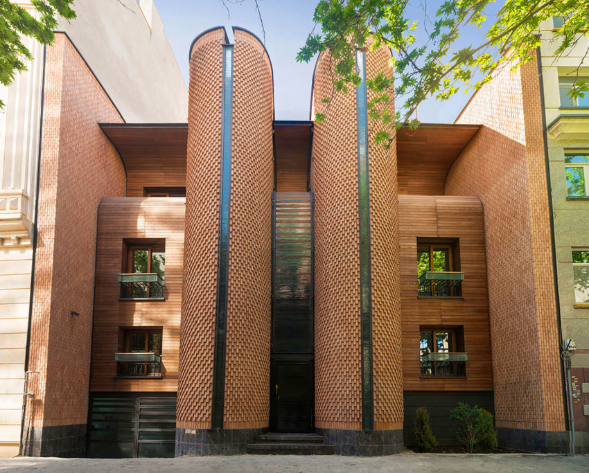 Kaveh House Renovation by Pargar Architecture (4)
