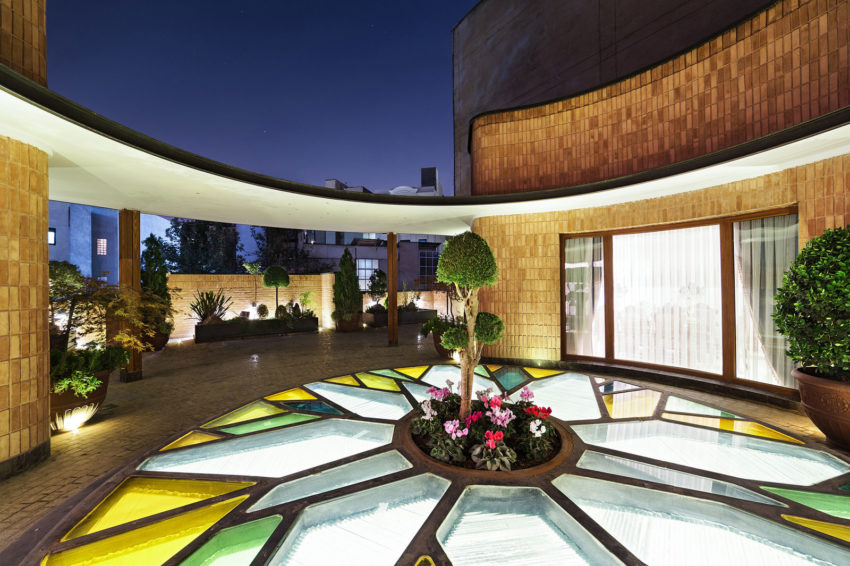 Kaveh House Renovation by Pargar Architecture (14)