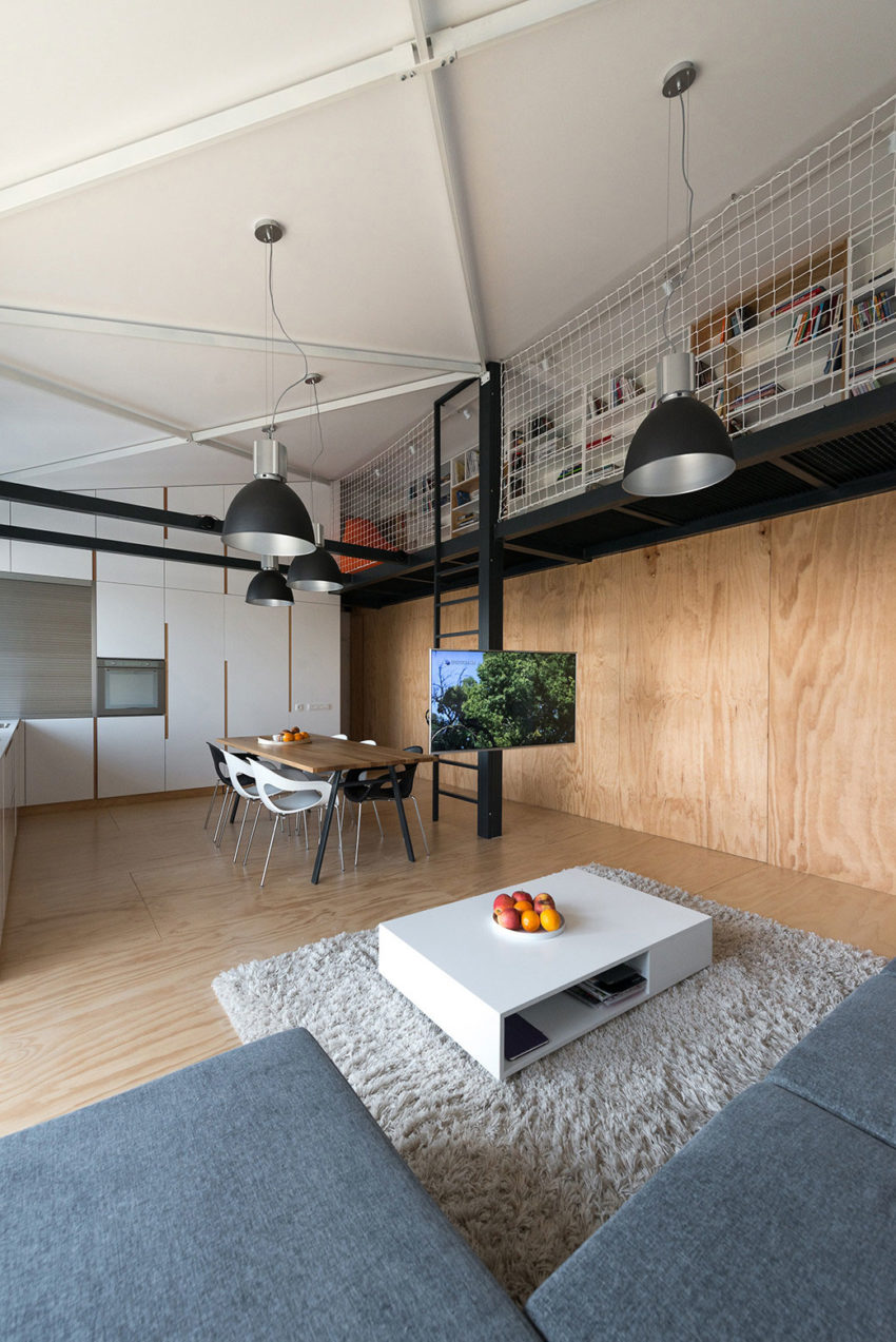 Loft Apartment in Superstructure by RULES architects (4)