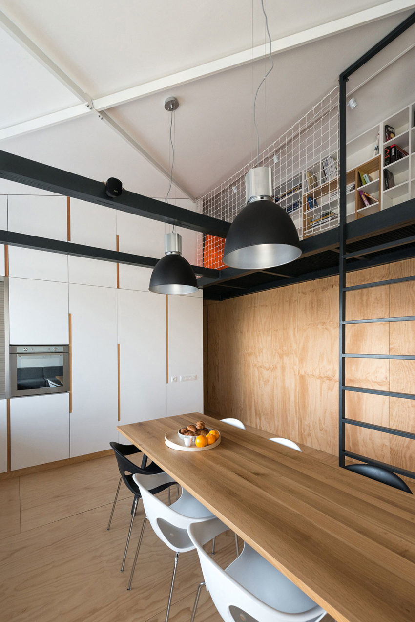 Loft Apartment in Superstructure by RULES architects (13)