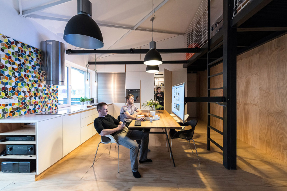 Loft Apartment in Superstructure by RULES architects (15)