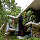 Planchonella House by Jesse Bennett­ Architect (2)