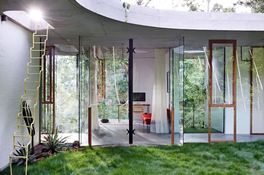 Planchonella House by Jesse Bennett Architect (6)