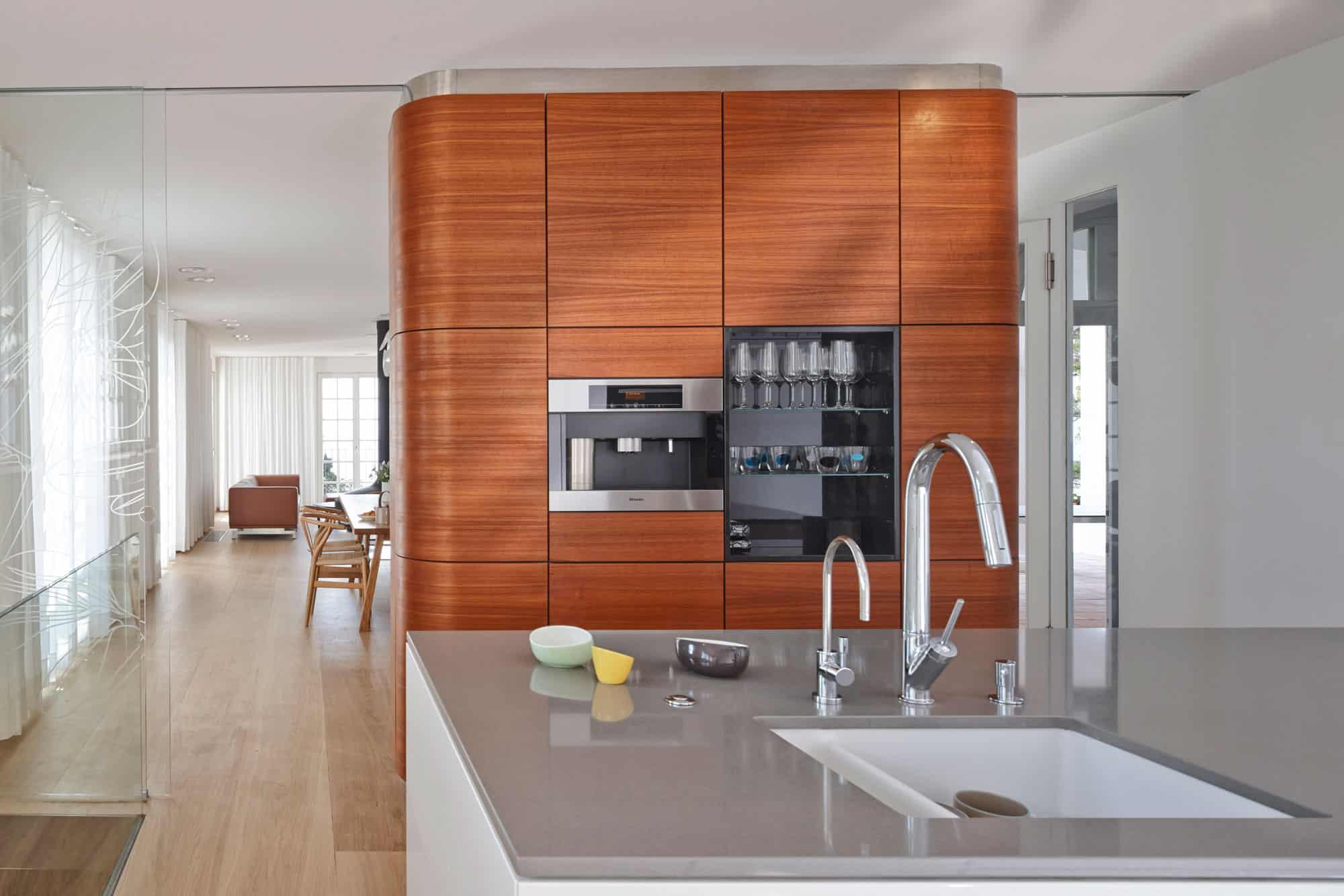 villa le trident by 4a architekten. Black Bedroom Furniture Sets. Home Design Ideas