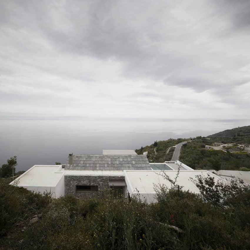 Villa Melana by Foufa & Papassotiriou (1)