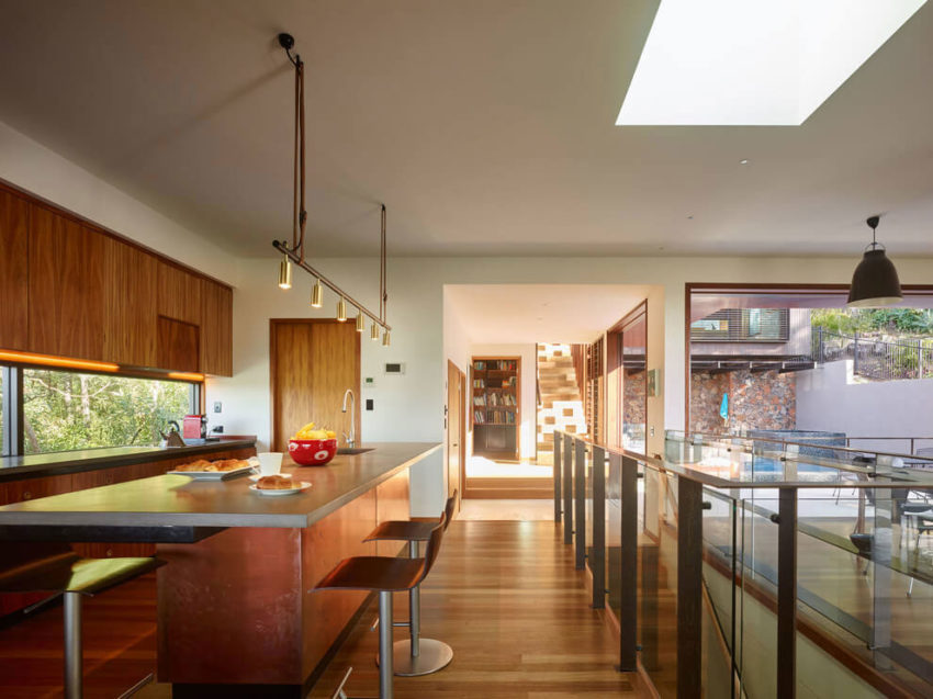 Bardon House by Bligh Graham Architects (8)
