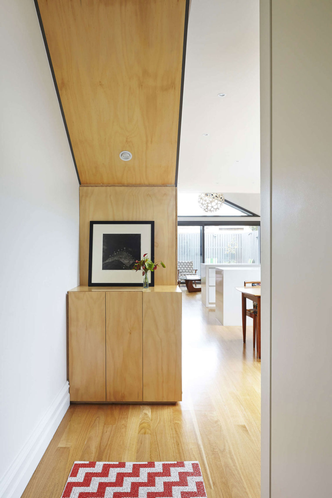 Big Little House by Nic Owen Architects (4)
