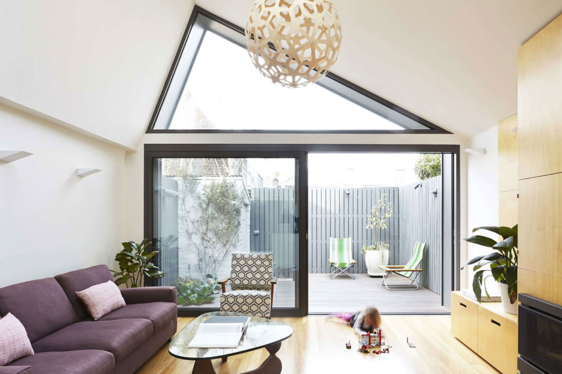 Big Little House by Nic Owen Architects (5)
