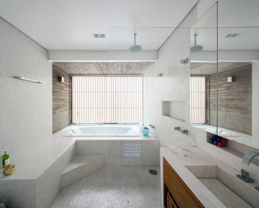 Casa Sagarana by Rocco Arquitetos (10)