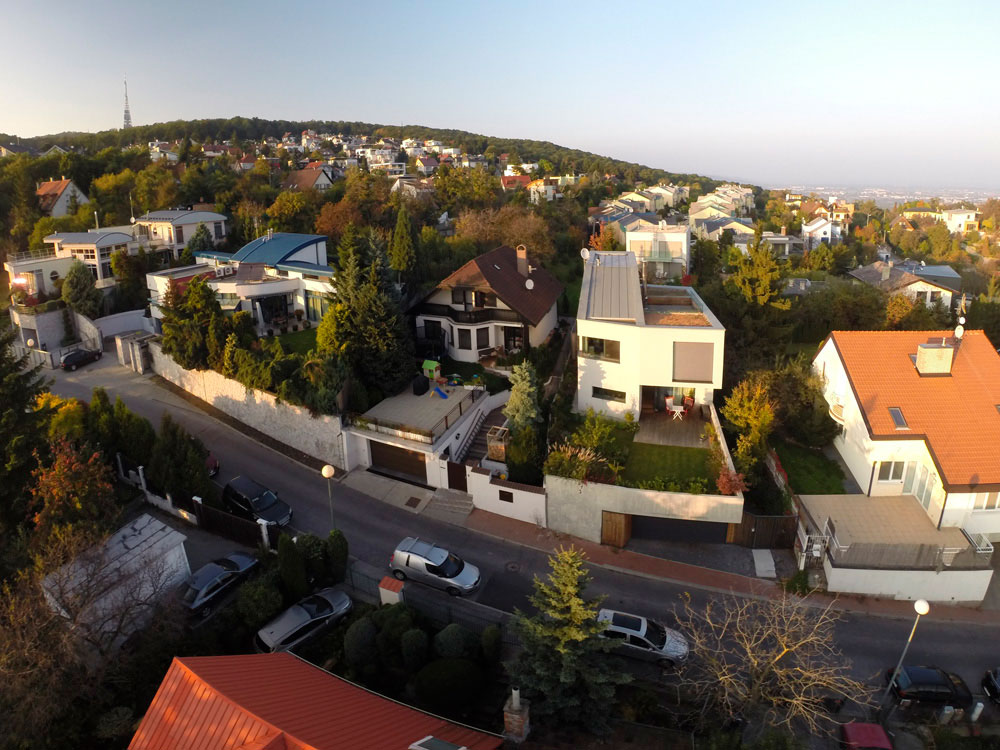 Double View House by Architekti Šebo Lichý (1)