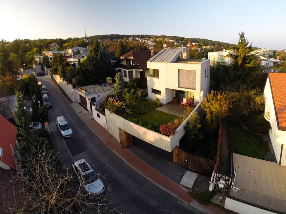 Double View House by Architekti Šebo Lichý (2)