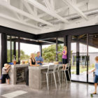 Farmhouse by Shiflet Group Arch & Glynis Wood Int (7)