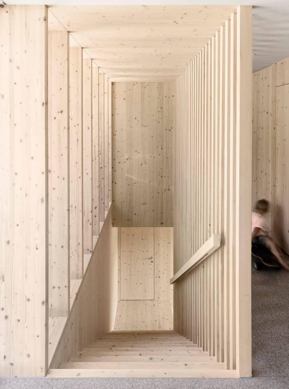 Haus für Julia und Björn by Innauer-Matt Architekten (6)