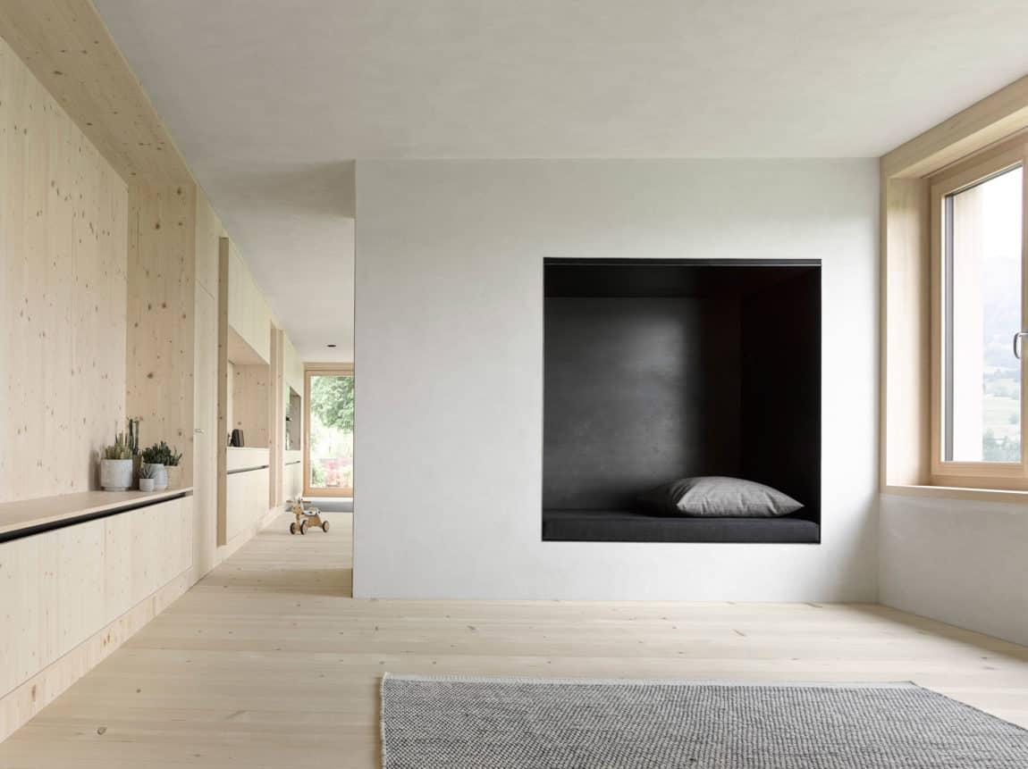 Haus für Julia und Björn by Innauer-Matt Architekten (7)