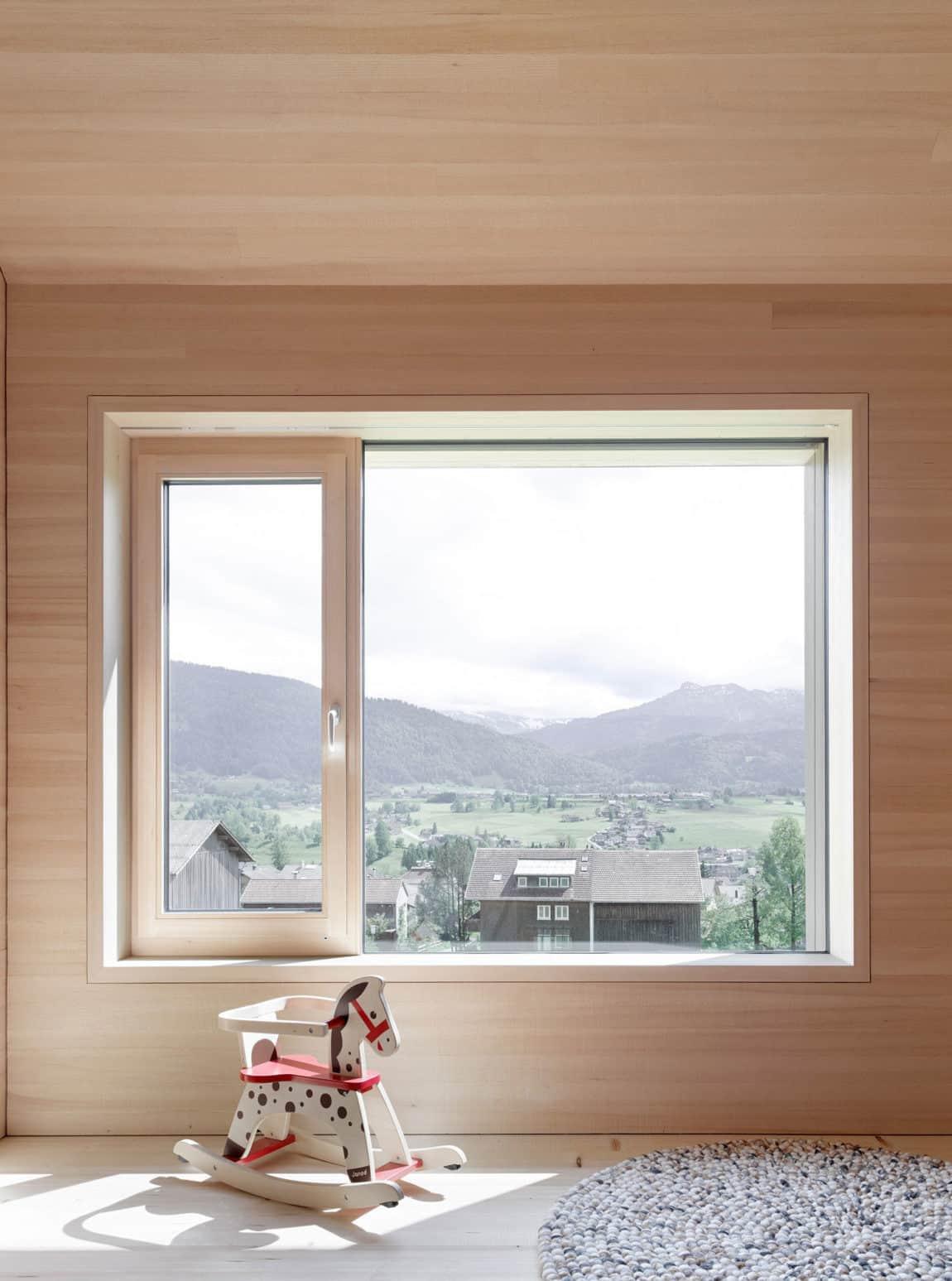 Haus für Julia und Björn by Innauer-Matt Architekten (8)