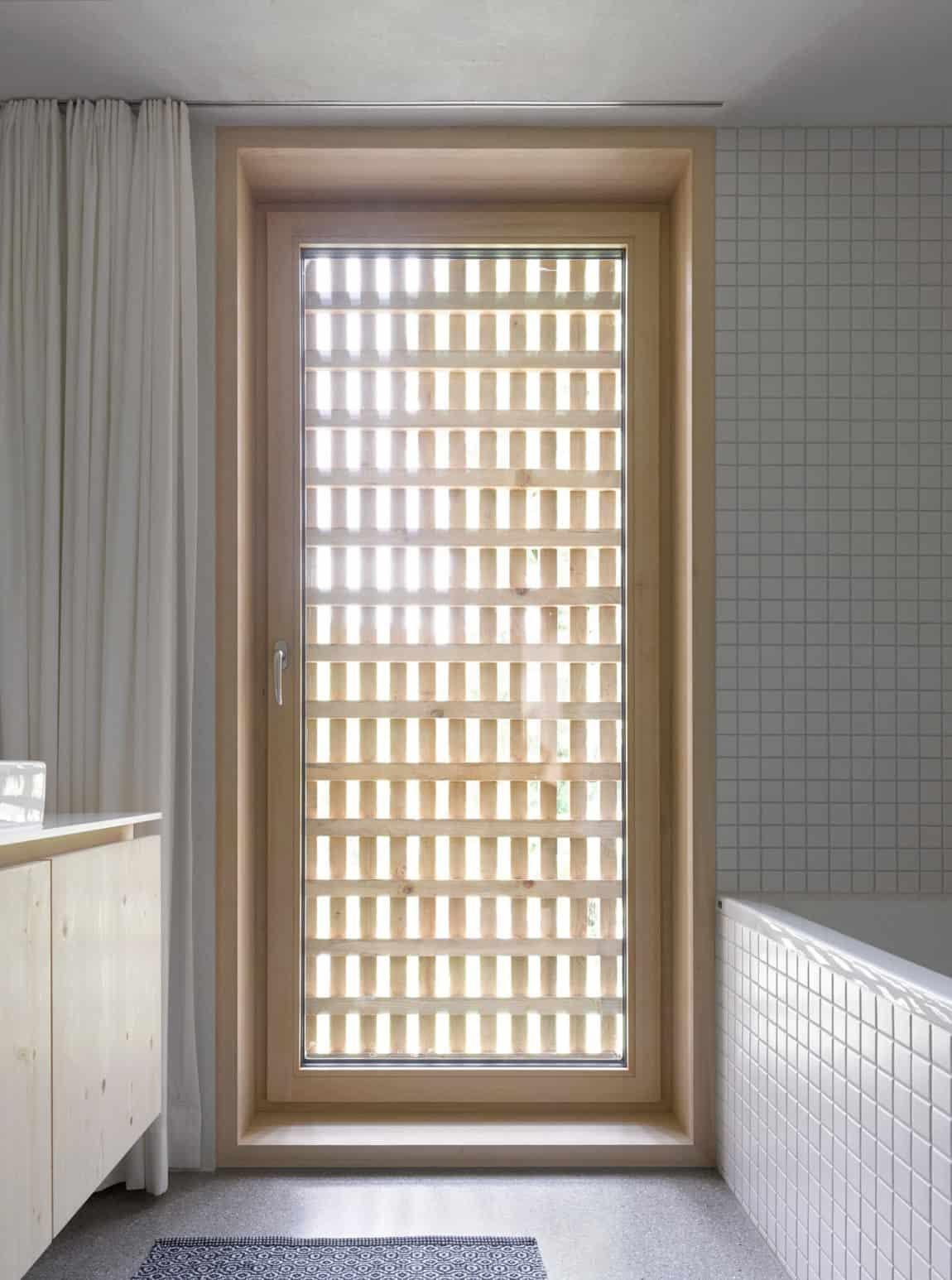 Haus für Julia und Björn by Innauer-Matt Architekten (9)